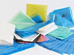 Compar saco plástico adesivado